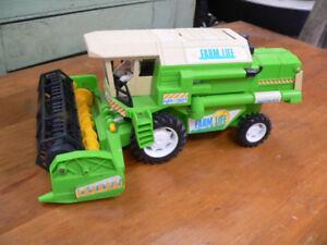 plusieurs véhicule jouet pour collection antique ou autres