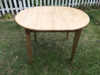 Solid wood extendable table + 4 chairs