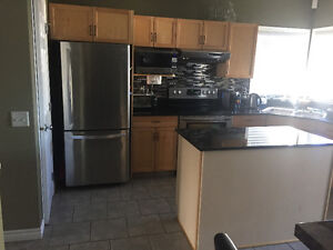 4 bed, 3.5 bath house for rent in Sherwood Park - $2000/month