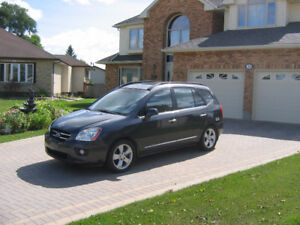 2008 Kia Rondo EX Luxury SUV, Crossover