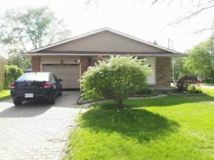 3 Bedrooms house available - St. Davids & HWY 406