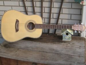 Washburn acoustic guitar nice
