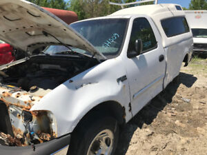 2000 Ford F150 ** FOR PARTS ** INSIDE & OUTSIDE **