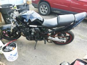 06 Suzuki bandit 650 parts bike