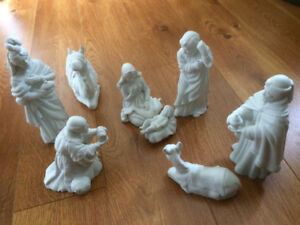 porceline figurines set Kings Jesus Mary Joseph Animals