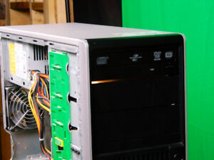 Gaming Computer   Buy or Sell a Laptop or Desktop Computer in ... 1e3bdf19790a