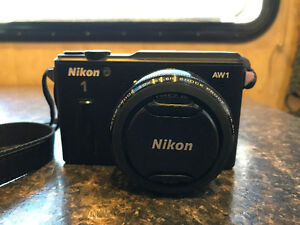Nikon AW1 + 2 lentilles shockproof, waterproof + sillicon cover