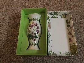 Portmeiron Botanic Garden mini posy vase.