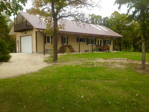 Beautiful Ranch Style House / Fully Furnished / 10 min from Wpg