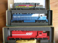 Athearn HO-Scale Train Locomotives powered units $25 to $50 each
