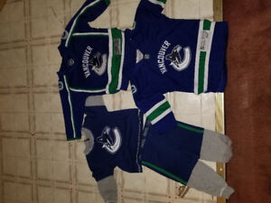 Vancouver Canucks Jerseys and pjs for baby