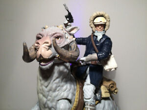 *New *  StarWars Han Solo and Tauntaun black series for sell