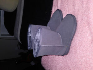(REPLICA) Grey size 7 Ugg boots