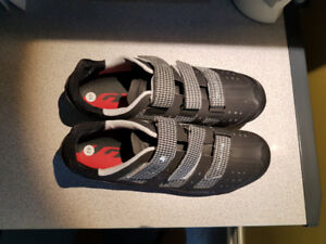 Louis Garneau MTB cycling shoes