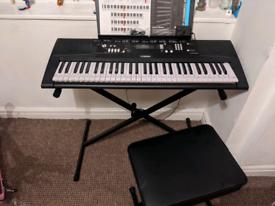 Yamaha EZ-220 light up keyboard