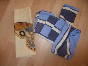 11 pillowcases, bed skirts (twin and king) $2 ea, twin duvet $10 Kitchener / Waterloo Kitchener Area image 3