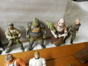 Vintage Star Wars Action Figures 1995 and up London Ontario image 8