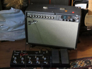 FENDER CYBER TWIN with FOOT CONTROLLER - Like New