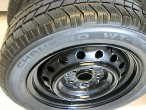 Champiro WT-60 Winter Tires 215 60 16/ Rims 5 x 114.3mm