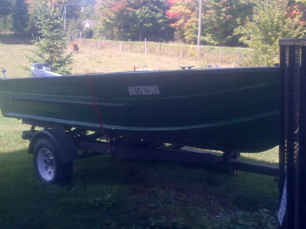 Used 1985 Starcraft Aluminum full floor fishing boat