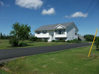 15 min from Truro! Large 3 bedroom home with barn & 5+ acres