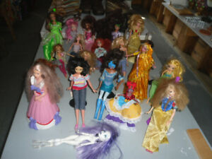 20 BARBIE AND OTHER DOLLS $5 FOR THE WORKS