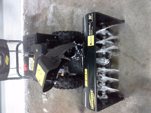 YARDWORKS 357CC 30 INCH CUT SNOWBLOWER