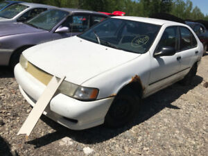 1999 Nissan Sentra ** FOR PARTS ** INSIDE & OUTSIDE **