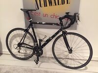 Super fast and super nasty cannondale caad 4 road racing bike aluminium frame carbon fork