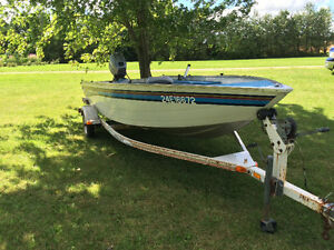 Boat with 25hp Johnson outboard motor London Ontario image 6