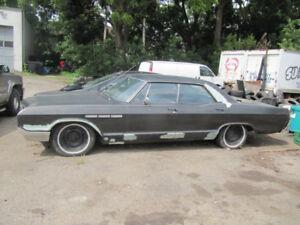 Classic 1965 Buick Lesabre 4 Door Hard Top In Good Running Cond!