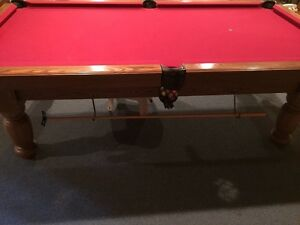 Pool (billiards) table + Rackl