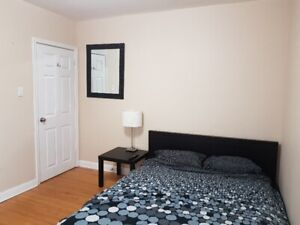 ROOM FURNISHED YONGE & FINCH DOWNTOWN YORK SUBWAY FINCH AVAILABL