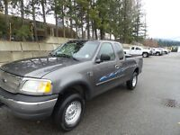 2002 Ford F-150 XL 4x4 Super Cab, Very Clean, low Kms