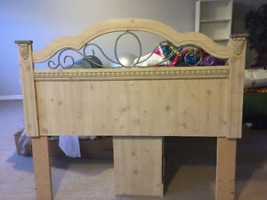 QUEEN BED HEADBOARD
