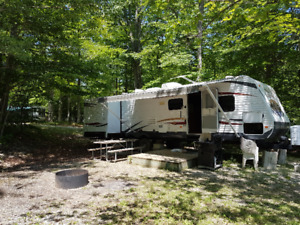 33ft Trailer on a large lot for sale