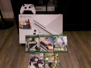 Xbox one s  avec 5 jeux