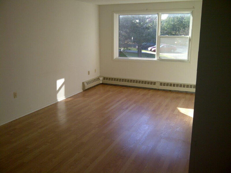 2 level 2 bedroom apartment for rent in clayton park - 2 bedroom apartments in linden nj for 950 ...