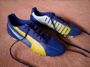 """Puma """"Evo Speed 3"""" Adult Soccer Shoes (size 8.5)"""