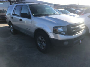 2007 FORD EXPEDITION**7 PASSAGERS**514 439 2991**