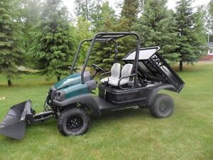 2014 Utility Vehicle, AWD with hydraulic front bucket & dump box