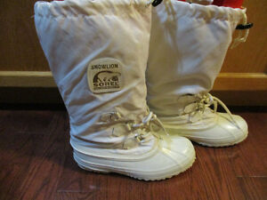 Sorel  ladies winter boots new condition size 9