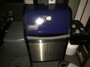 Weber Barbecue with cover and utensils