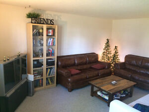 Room in basement suite in ALLENDALE!!