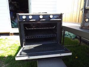 3 burner propane stove with oven