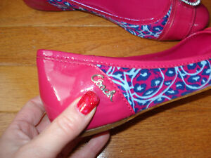 Size 7 Coach flats NEVER WORN London Ontario image 4