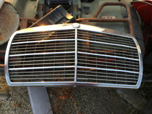 Mercedes grill for sale