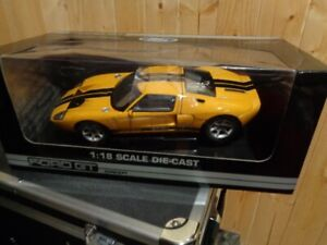 Brand New In Box 1:18 Scale Die-Cast 2002 Ford GT Concept Car