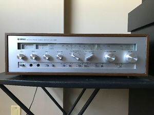 Near Mint Vintage Yamaha CR-820 Stereo Receiver / Amplifier