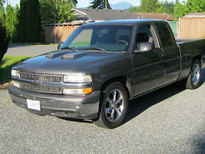 1999 Chevrolet extra cab short box will take small trade + cash